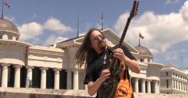 Emir Hot, heavy metal gitarista