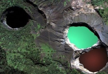 Colored Lakes