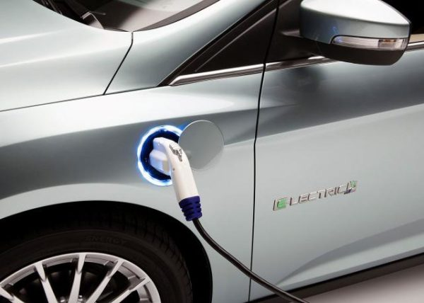 elektro automobil