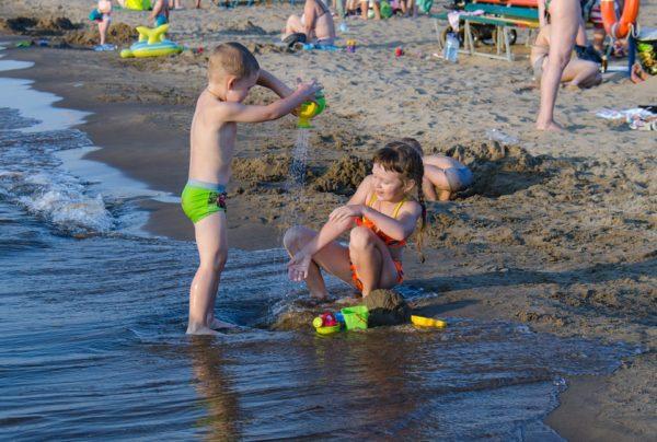 plaža, djeca