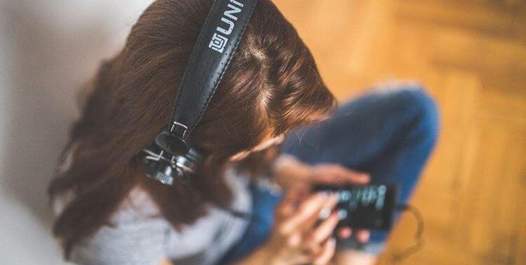 slusanje-muzike